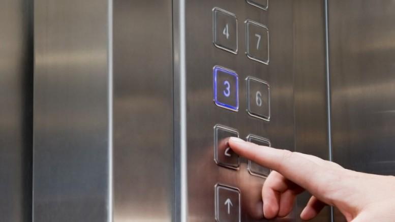 Manutenção e modernização de elevadores
