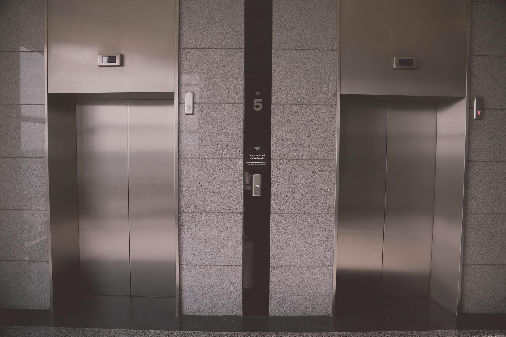 Instalação e manutenção de elevadores